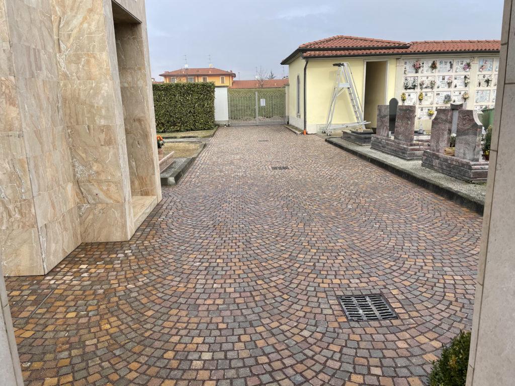 Completati i vialetti al cimitero